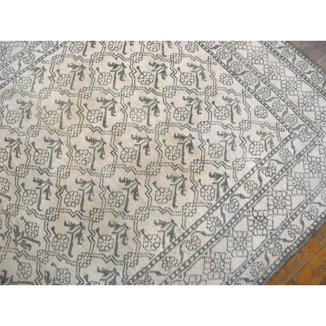 """1920s Traditional Gray and White Wool Rug - 4'x6'7"""" For Sale - Image 4 of 6"""