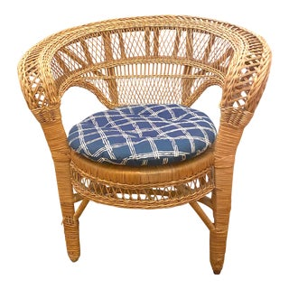 Vintage Mid-Century Modern Barrel Back Wicker Chair With Cushion For Sale