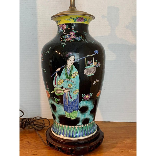 Ceramic Japanese Vase With Black Background in the Style of Chinese Famille Verte For Sale - Image 7 of 11