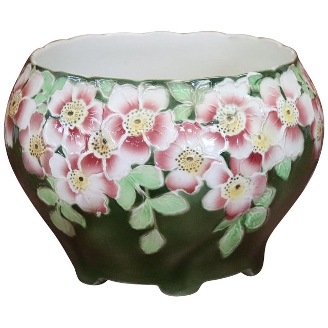 20th Century French Art Nouveau Hand-Painted Green Ceramic Cachepot Vase, 1920s For Sale