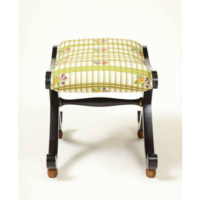 English Colefax & Fowler Black and Gilt X-Form Bench For Sale - Image 3 of 8