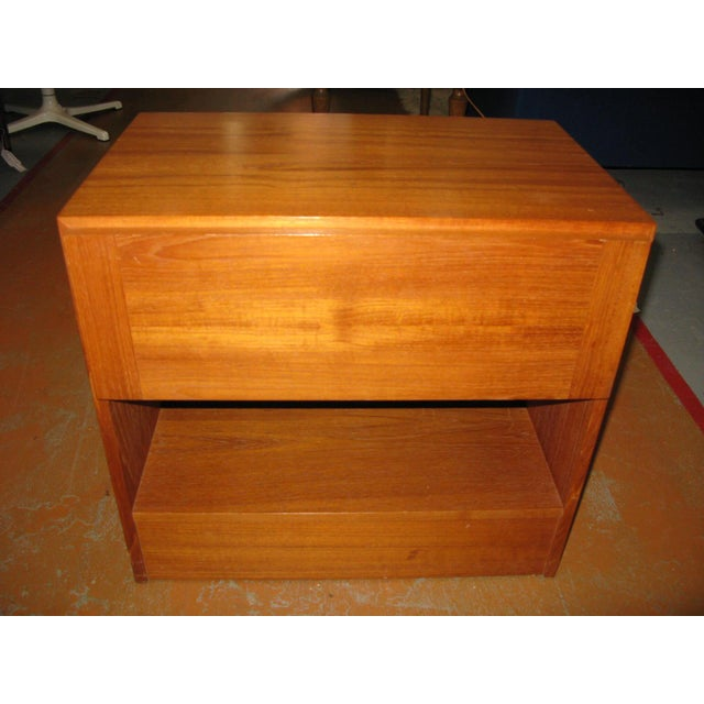 Mid-Century Danish Modern Teak Vinde Mobelfabrik 1-Drawer Nightstand For Sale - Image 10 of 10