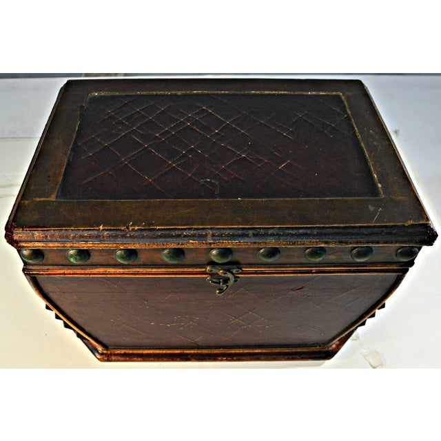 Decorative Wooden Coffer - Image 4 of 10