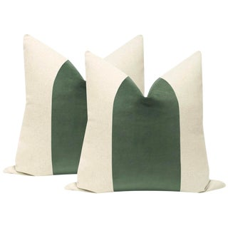 "22"" Eucalyptus Velvet Panel & Linen Pillows - a Pair For Sale"