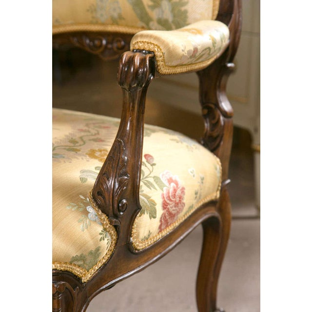 French Rococo Louis XV Style Armchairs - A Pair - Image 6 of 9