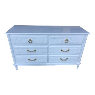 Chinoiserie Style Glossy White 6 Drawer Bamboo Dresser For Sale