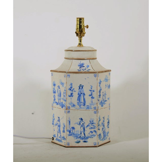 Art Deco Vintage English Hand-Painted Blue and White in Delf Figures Tea Caddy Table Lamp For Sale - Image 3 of 7