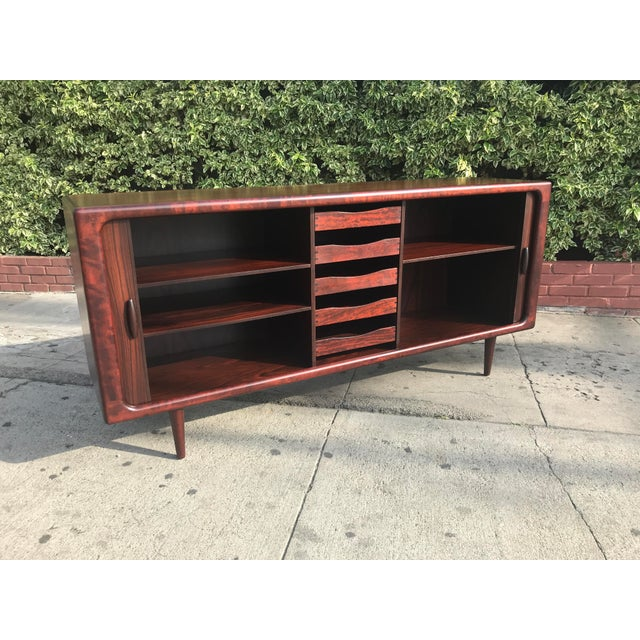 Dyrlund Mid-Century Rosewood Credenza For Sale In Los Angeles - Image 6 of 11