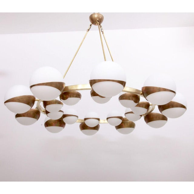 Gold Very Huge and Impressive Murano and Brass Chandelier Attributed to Stilnovo For Sale - Image 8 of 8