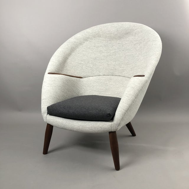 White Oda Chair For Sale - Image 8 of 10