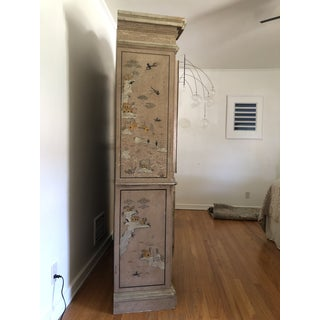 Vintage Chinoiserie Style Display Cabinet Preview
