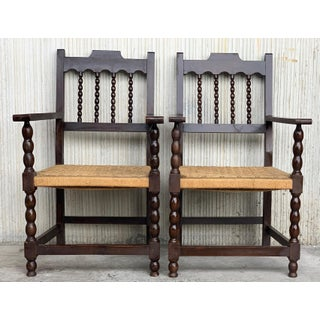 20th Century Pair of Catalan Throne Armchairs in Walnut and Caned Seats Preview