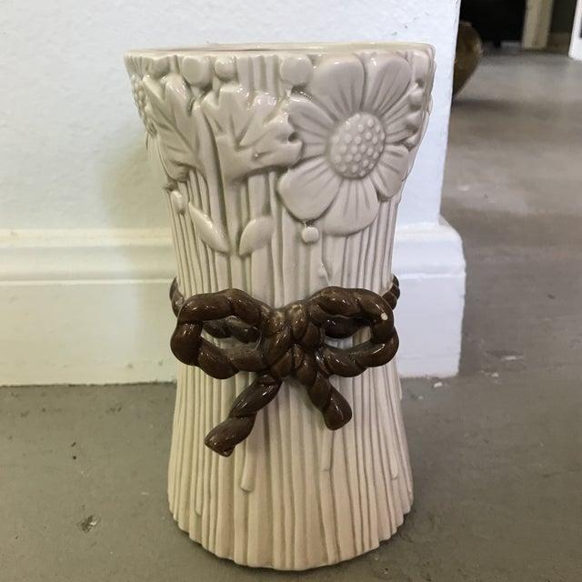 Fitz & Floyd Flower Bunch Vase - Image 2 of 4
