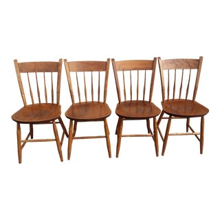 1950's Vintage Nichols and Stone Thumb Back Maple Windsor Chair- Set of 4 For Sale