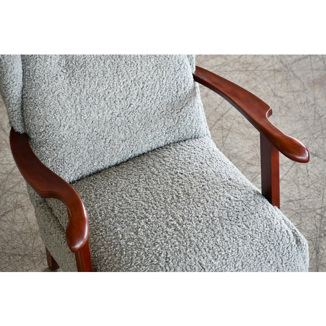 Mid-Century Modern Fritz Hansen Model 1582 Wingback Lounge Chair in Grey Boucle Danish Midcentury For Sale - Image 3 of 13