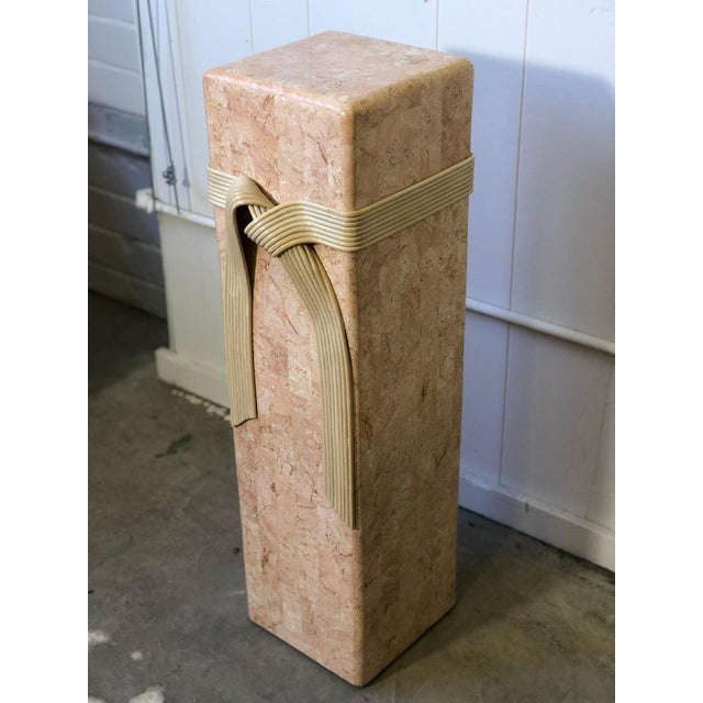 Hollywood Regency Pink Tessellated Stone Pedestal With Rattan Ribbon Tie For Sale - Image 3 of 5