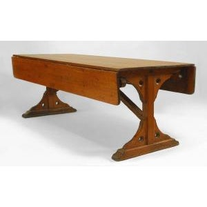 """American Country style (mid 19th Cent) pine dining """"Harvest"""" table For Sale"""
