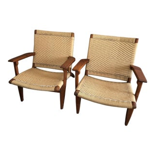 Hans Wegner Ch25 Mid-Century Modern Reproduction Easy Chairs- Set of 2 For Sale