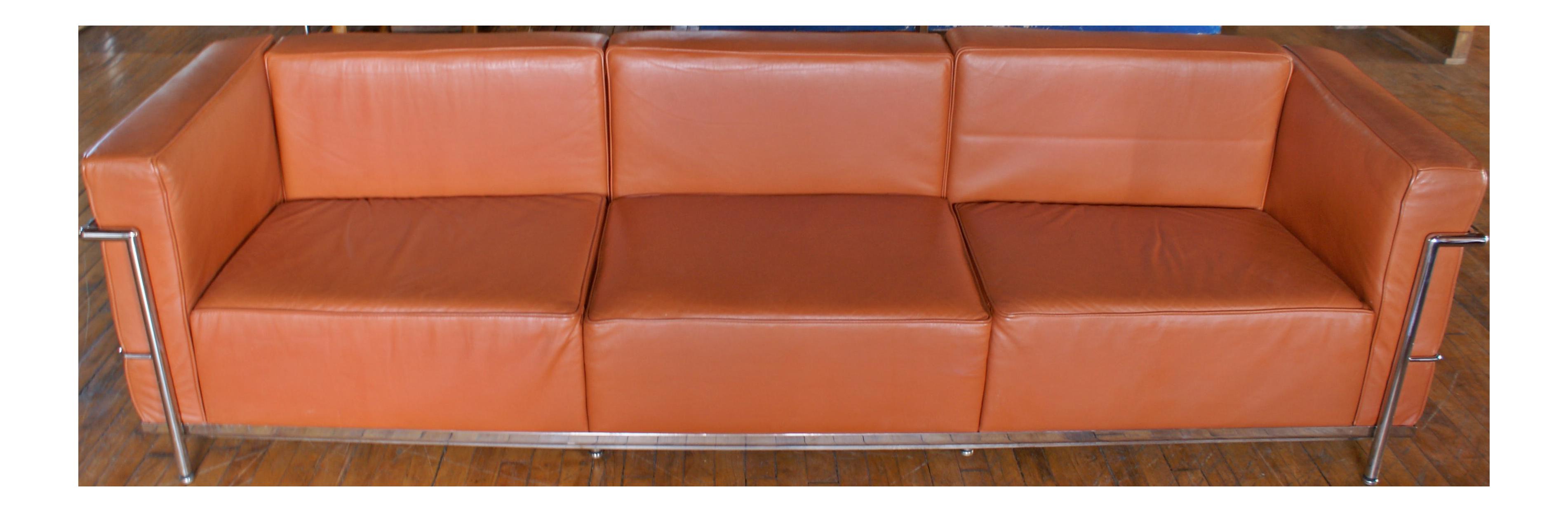 Le Corbusier LC3 Sofa Replica In Brown Leather