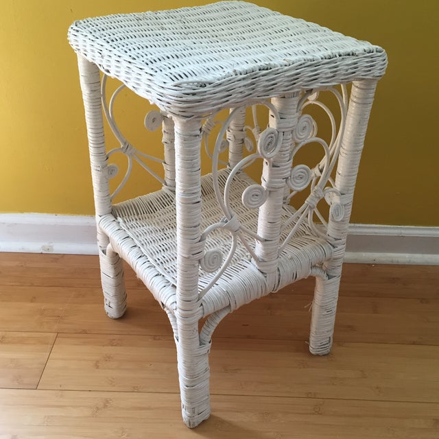 White Wicker Scrolling Detail Side Table - Image 6 of 6