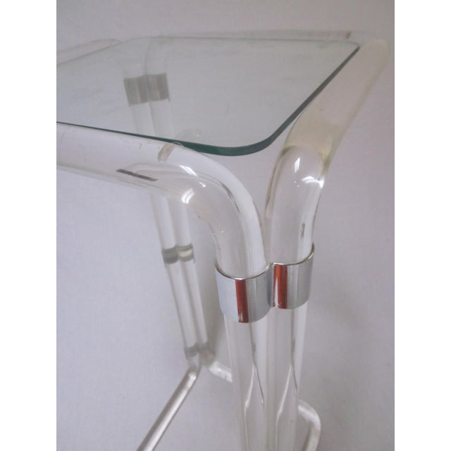 Thick Banded Lucite Pedestal Stand Table - Image 10 of 11