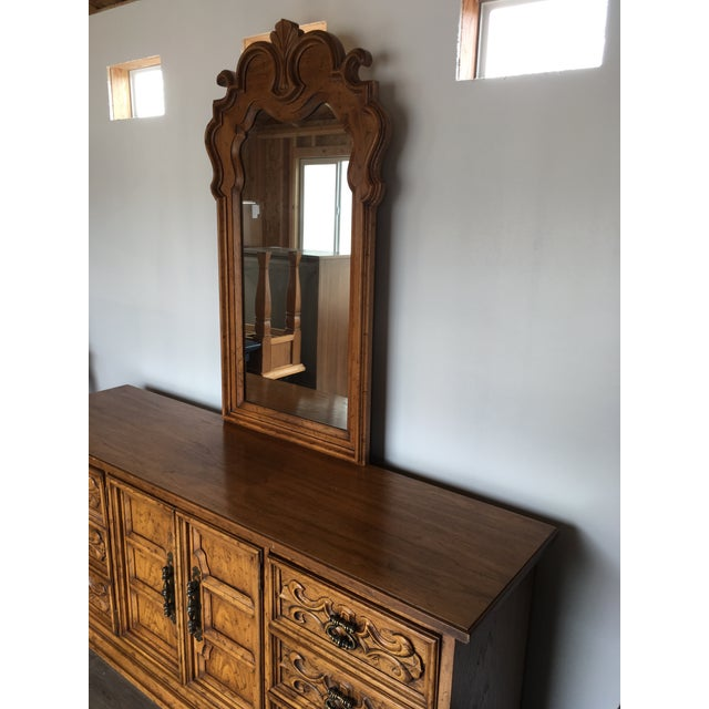 This vintage Velero by Drexel- 9 drawer solid wood dresser has beautiful carvings and details. Dovetailed drawers. Solid...