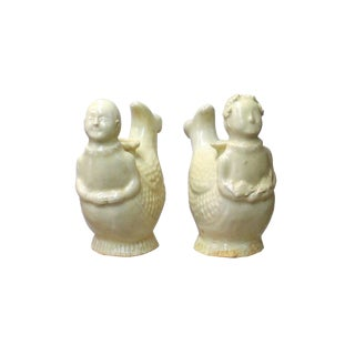 Chinese Pair Ceramic Off White Light Cream Kid Fish Vases For Sale