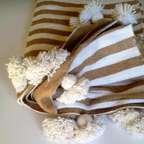 Beige & White Moroccan Throw With Tassels - Image 2 of 3