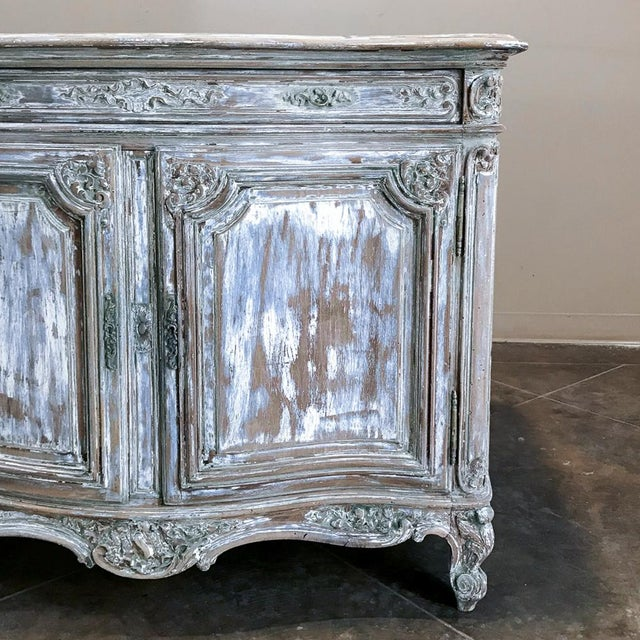 19th Century French Regence Whitewashed Commode For Sale In Dallas - Image 6 of 13