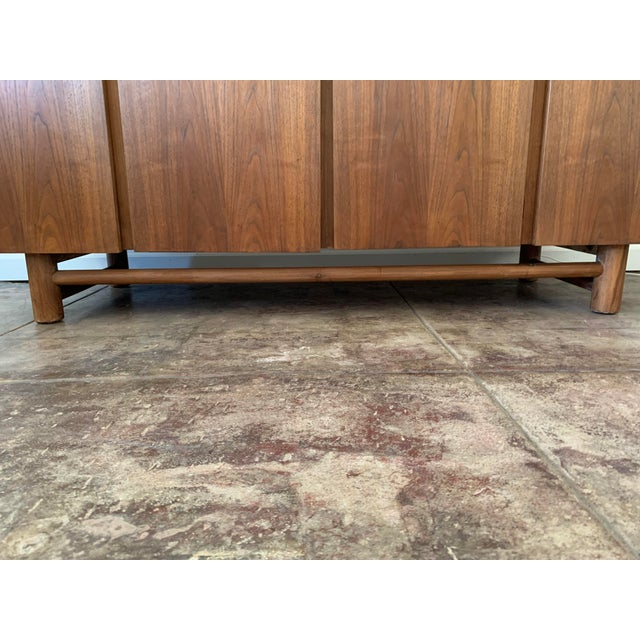 American of Martinsville American of Martinsville Credenza For Sale - Image 4 of 10