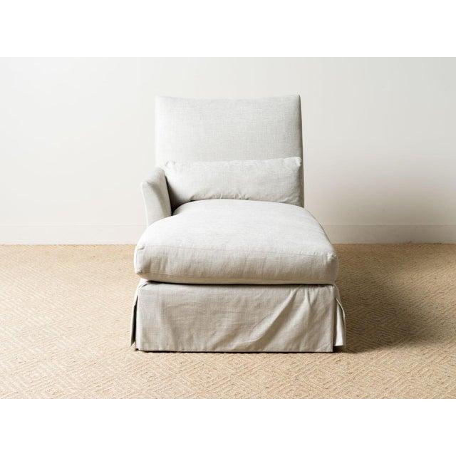 Left-facing chaise lounge Fabric: Vivaldi Oatmeal (T) 67% Viscose, 19% Linen, 8% Polyester, 6% Cotton Single down back...