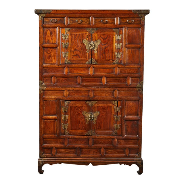 19th C. Korean Chest on Chest with Butterfly Hardware For Sale