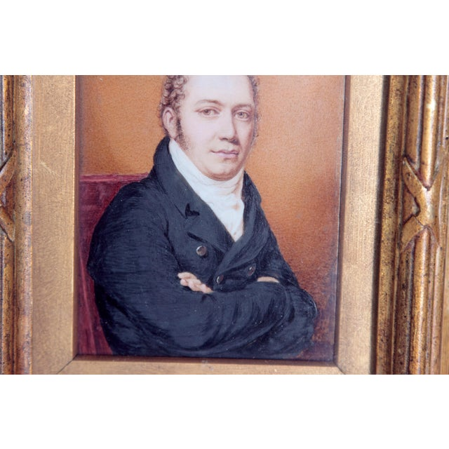 Early 19th Century Pair of Well-Painted Portrait Miniatures / Handsome English Regency Gentlemen For Sale - Image 5 of 13