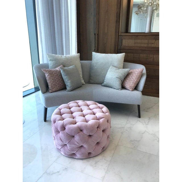 2010s Chic Hollywood Regency Tufted Ottoman in Blush Velvet Pink For Sale - Image 5 of 12