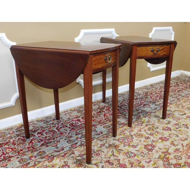 Vintage Federal Style Pembroke Drop Leaf End Tables - Pair For Sale - Image 4 of 9
