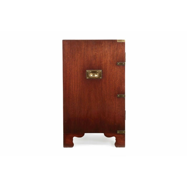 English Campaign Style Brass and Mahogany Side-by-Side Cabinet, 20th Century For Sale - Image 6 of 11