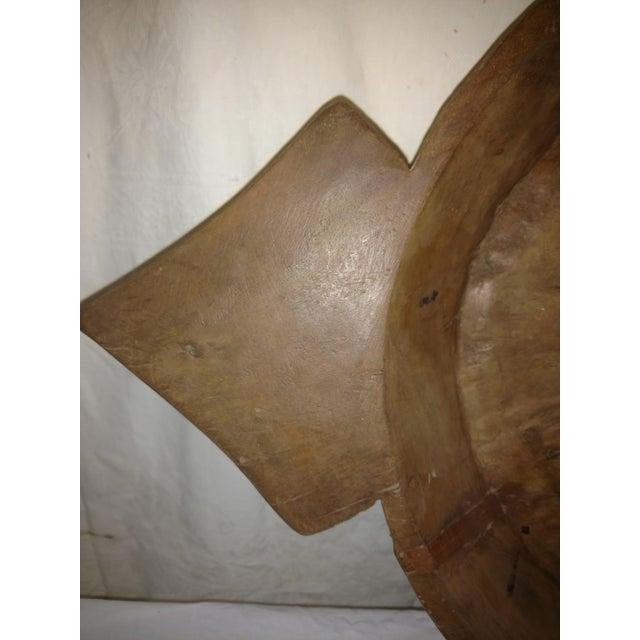 Large 18th Century Ceylonese Teak Arrow Ceremonial Bowl For Sale - Image 4 of 8