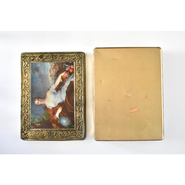 Gold Vintage Italian Pagani Lecco Biscuit Tin With 18th-Century Aristocrat Portrait For Sale - Image 8 of 9