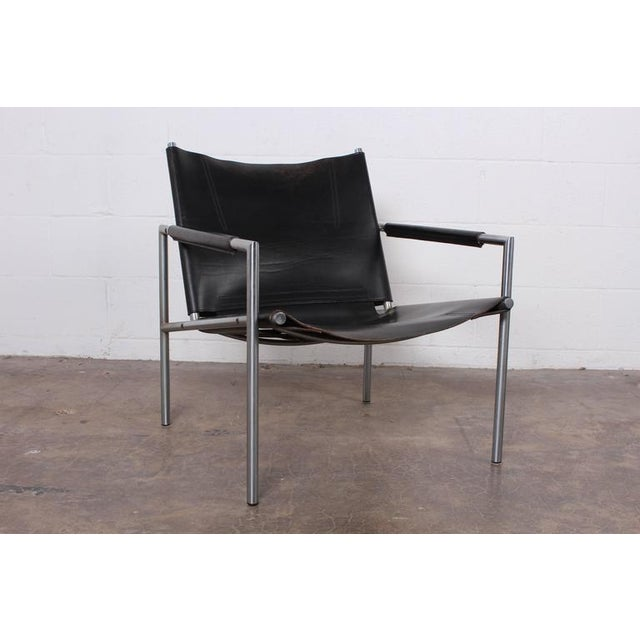 Spectrum Limited Pair of Leather Lounge Chairs by Martin Visser For Sale - Image 4 of 10