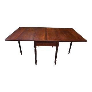 Antique Federal Style Walnut Drop Leaf Gate Leg Table For Sale