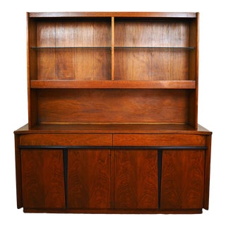 Mid Century Modern American of Martinsville Walnut Hutch Buffet For Sale