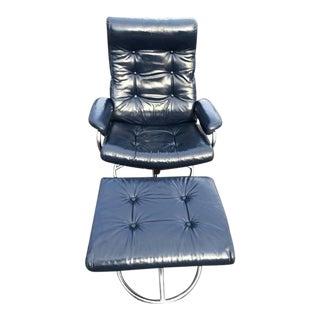 Leather Plycraft Blue Recliner Lounge Chair and Ottoman For Sale