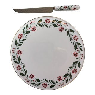 1980s Royal Doulton Holly Cake Plate and Knife - a Pair For Sale