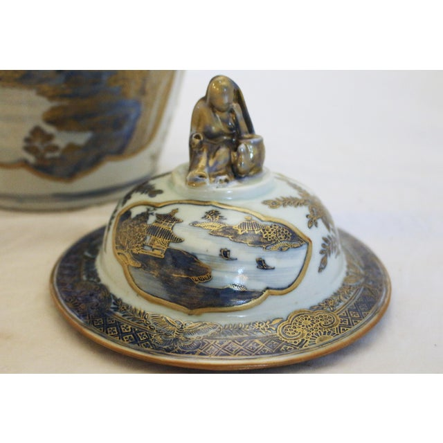 18th Century Chinese Qing Dynasty Covered Jars - a Pair For Sale In Raleigh - Image 6 of 9