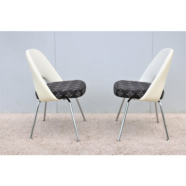 Mid-Century Modern Eero Saarinen for Knoll Executive Armless Chairs - a Pair For Sale - Image 9 of 13
