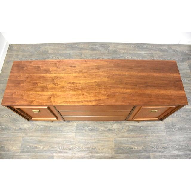 1960s Walnut & Brass MCM Long Dresser For Sale - Image 5 of 11