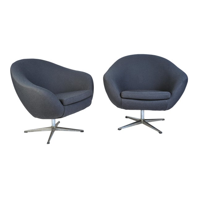 Overman Pod Swivel Chairs - A Pair For Sale