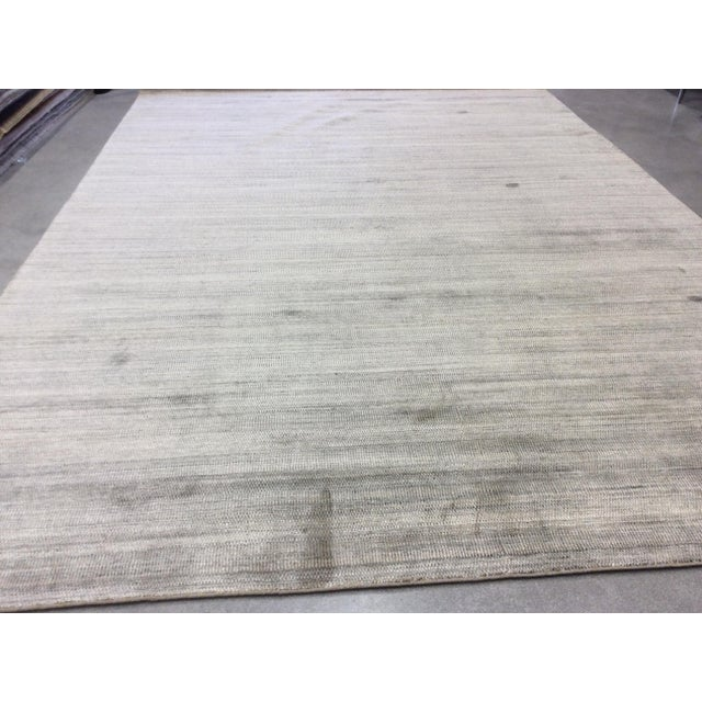 "Modern Zen Collection Beige and Silver Rug- 11'10"" X 17'11"" For Sale - Image 3 of 6"