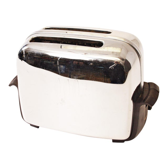 Vintage Chrome Toastmaster Toaster with Bakelite Handles - Image 1 of 10