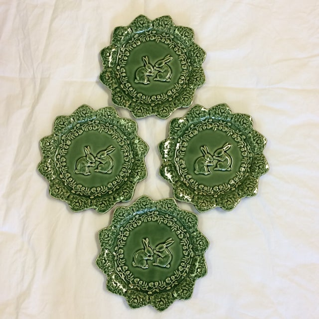 1980s Bordallo Pinheiro Green Majolica Cabbage Leaf With Bunnies Plates - Set of 4 For Sale - Image 5 of 7